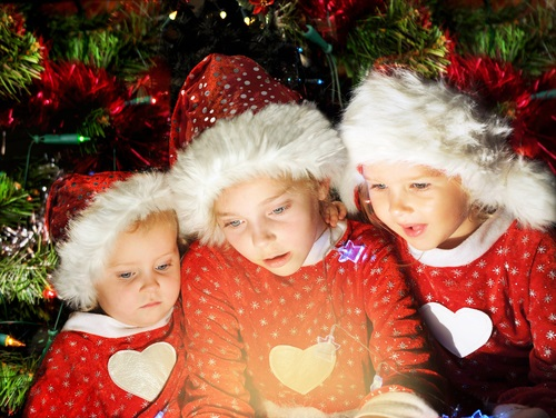 kids-at-christmas